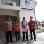 Depan Kantor JTV Kediri di salah satu gedung Monumen Simpang Lima Gumul Kediri