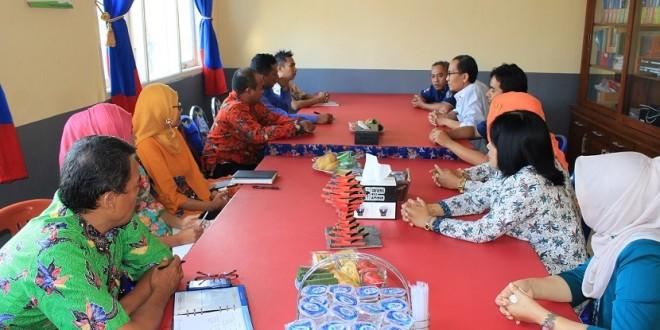 Studi Banding SMK AL-Falah Probolinggo